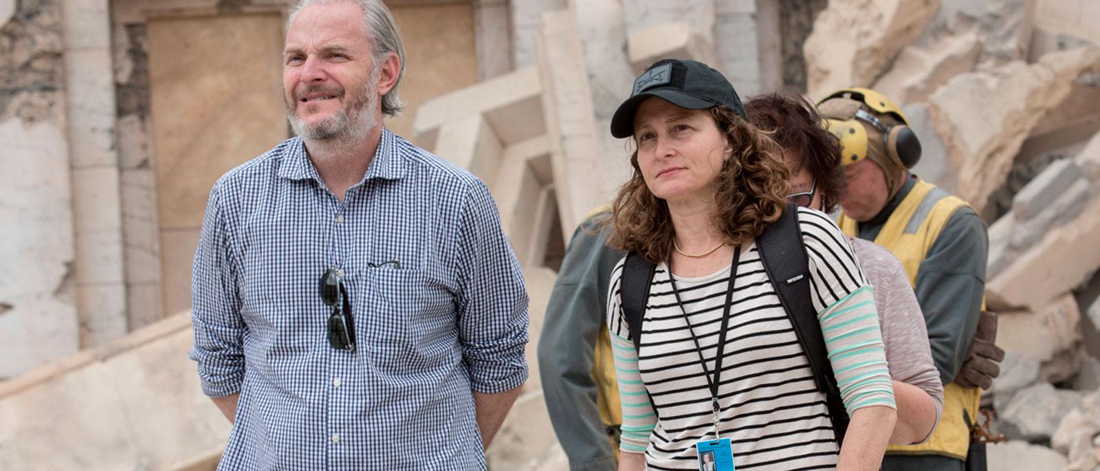 Nina Jacobson e Francis Lawrence em set de filmagens