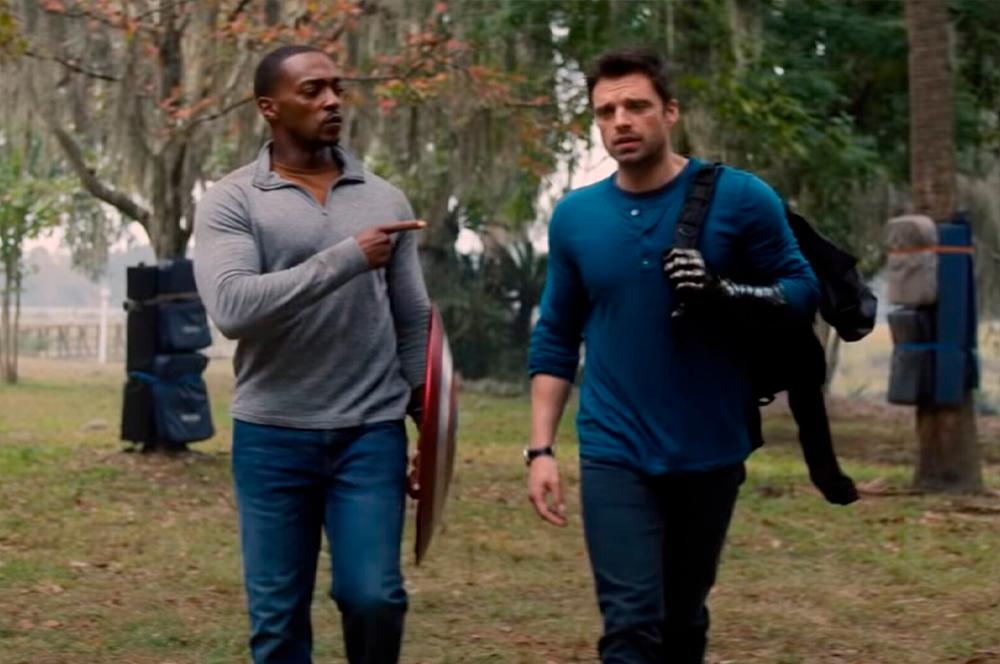 Sam Wilson e Bucky Barnes em Falcão e o Soldado Invernal