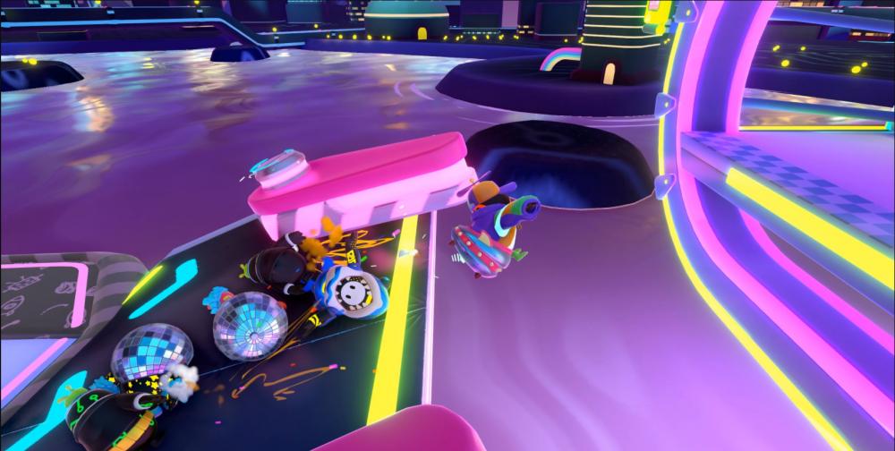 Screenshot Fallguys mostrando mecânica de pinball