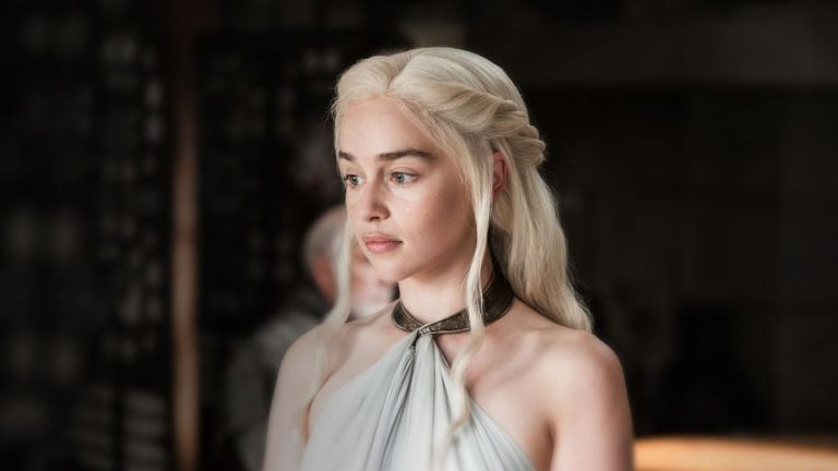Emilia Clarke em Game of Thrones (Imagem: Reprodução/HBO)