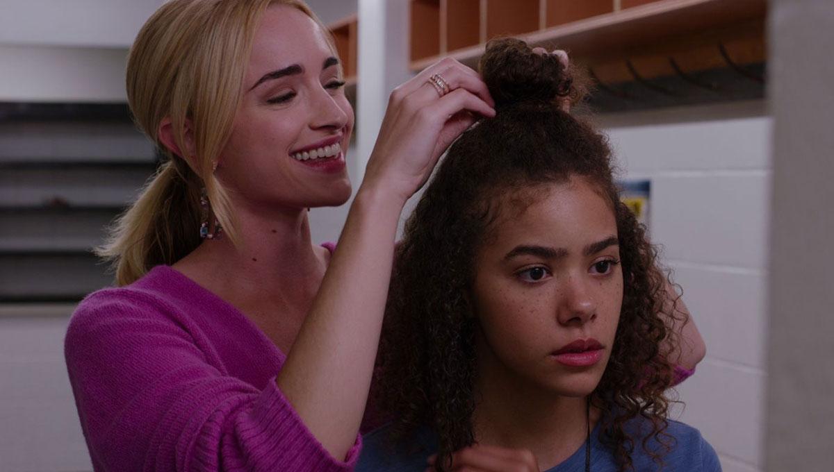 Ginny e Georgia em cena da primeira temporada