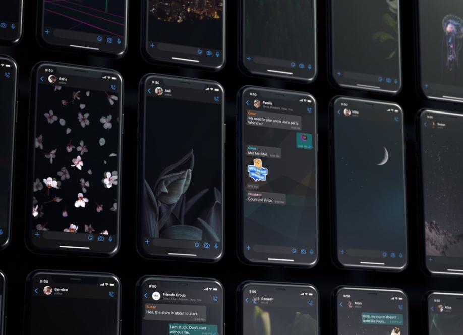vários celulares mostrando diferentes papéis de parede em tons escuros