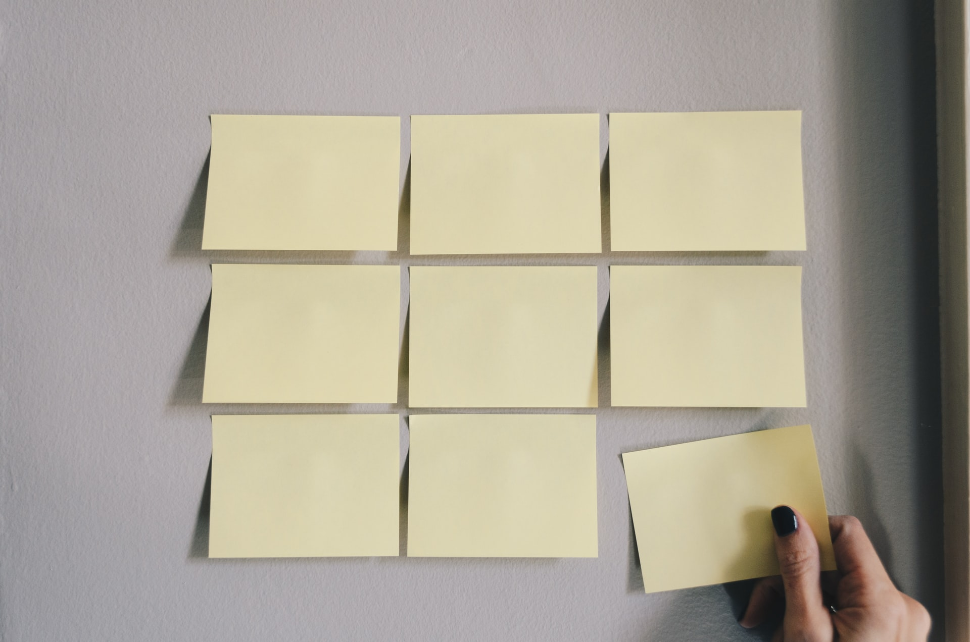 Melhores Aplicativos para Organização de Tarefas (Imagem: Kelly Sikkema/Unsplash)