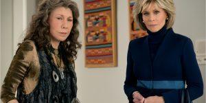 Jane Fonda como Grace Hanson e Lily Tomlin como Frankie Bergstein em Grace and Frankie (Imagem: Divulgação/Netflix)
