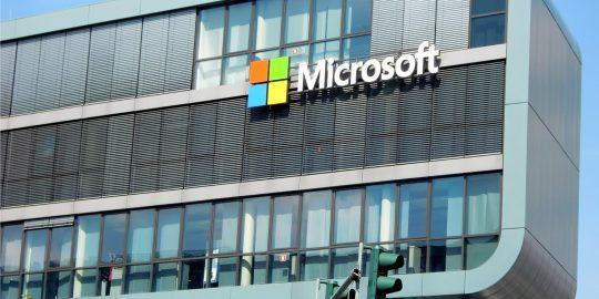 Microsoft alerta sobre exposição de dados de milhares de usuários (Imagem: Efes/Pixabay)