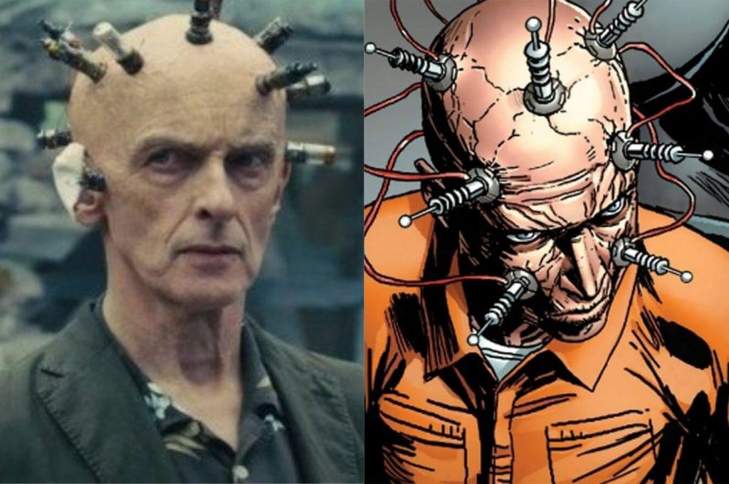 À esquerda, Peter Capaldi como O Pensador; à direita, o personagem nos quadrinhos (Imagem: Reprodução/Warner Bros.   DC)