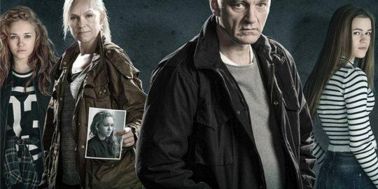 Parte do elenco principal da série Bordertown (Imagem: Divulgação/Fisher King Production | Netflix)