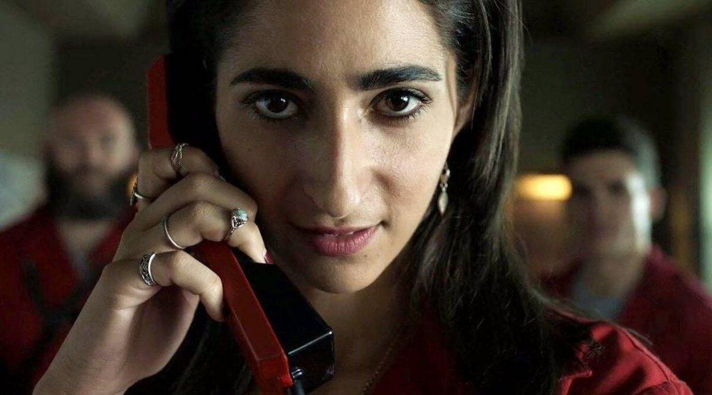 Alba Flores como Nairóbi em La Casa de Papel (Imagem: Divulgação/Netflix)