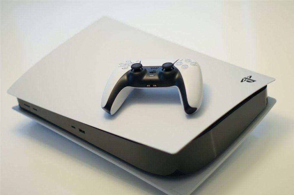 Sony pode estar trabalhando em uma versão Pro do PlayStation 5 (Imagem: Kerde Severin/Unsplash)