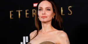 Angelina Jolie Eternos