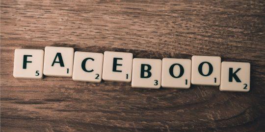 Facebook está estudando mudar de nome em breve (Imagem: Firmbee/Pixabay)